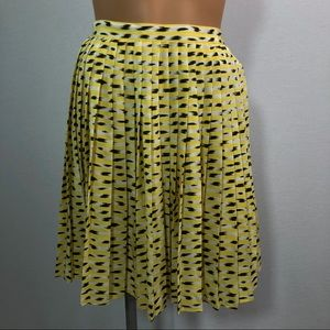 Frank Olivier Paris yellow pleated skirt Sz 38